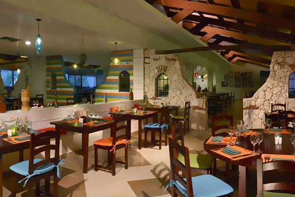 Restaurants & Bars - Catalonia Bavaro Beach Golf & Casino Resort